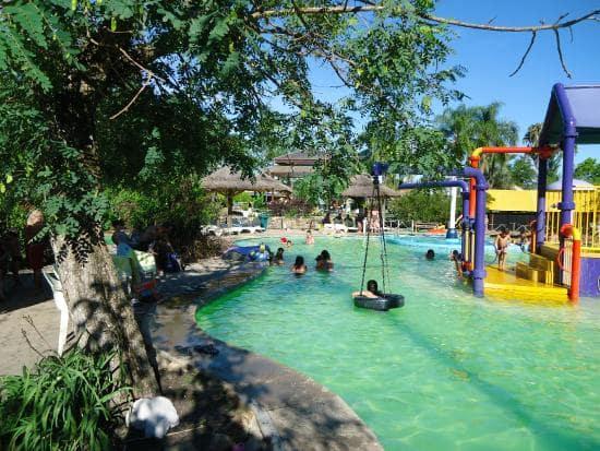 O Que Fazer Em Salto: Curtir os Parques aquáticos Acuamania e Salto Grande