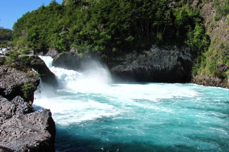 Conhecer os Saltos de Petrohué em Puerto Varas