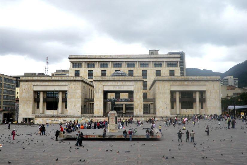 O Que Fazer Em Bogotá: Passear pelo bairro de La Candelaria em Bogotá