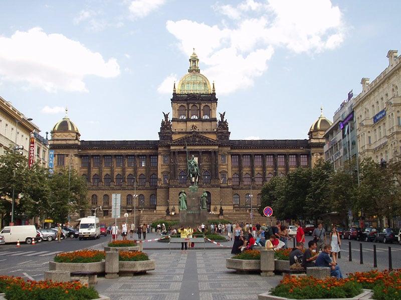 O que fazer em Praga: Praça Venceslau