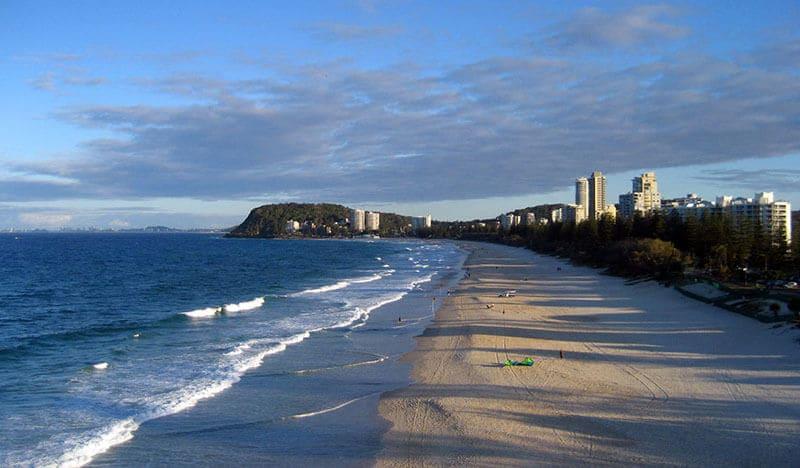O que fazer em Gold Coast: Praia Burleigh Heads