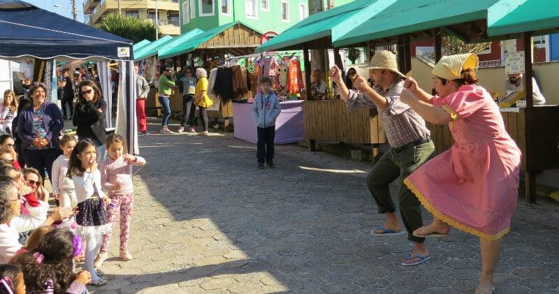 O Que Fazer em Bombinhas: feira de artesanato