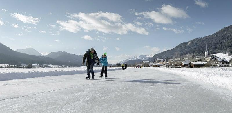 O Que Fazer em Saalbach Hinterglemm: Patinar no gelo